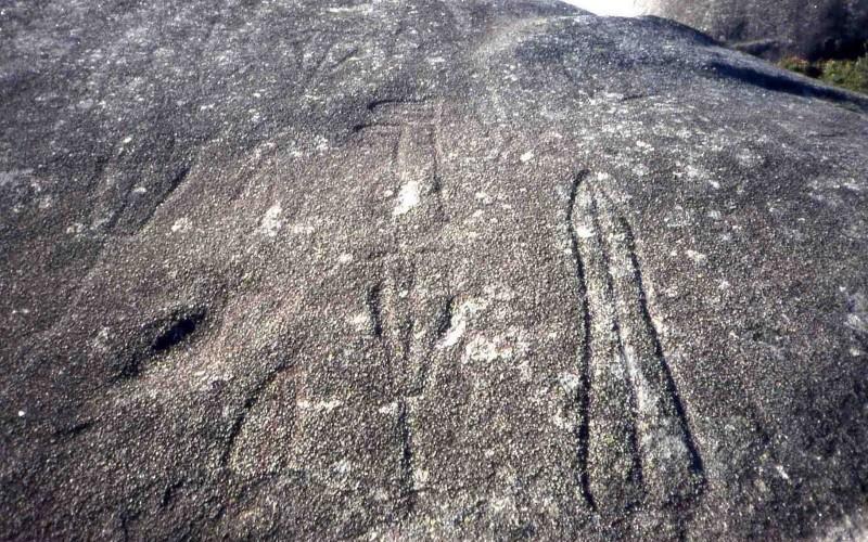 Visita al Románico y petroglifos. Vigo
