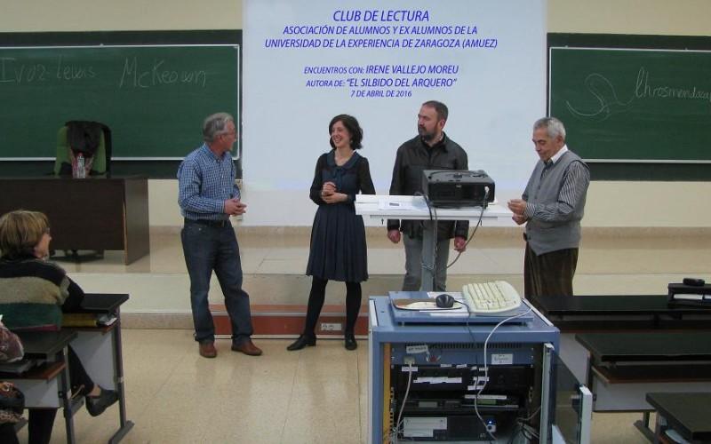 """Club de lectura Encuentro con Irene Vallejo Moreu, autora de """"EL SILBIDO DEL ARQUERO"""""""