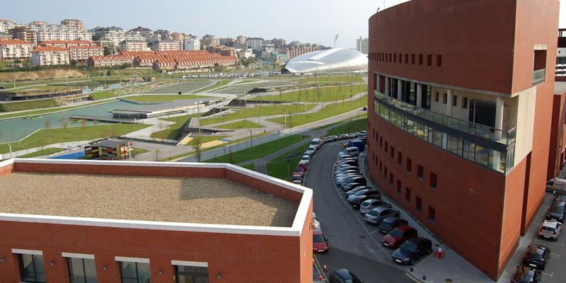 A university city